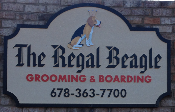 Detail on Beagle Sign
