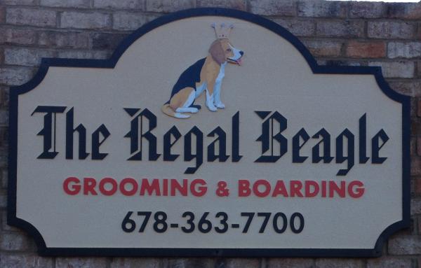 Detail on Beagle Sign
