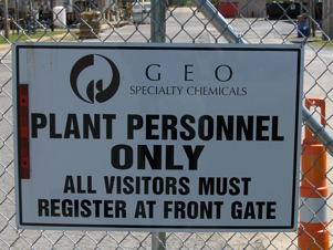Plant Personnel Only Sign