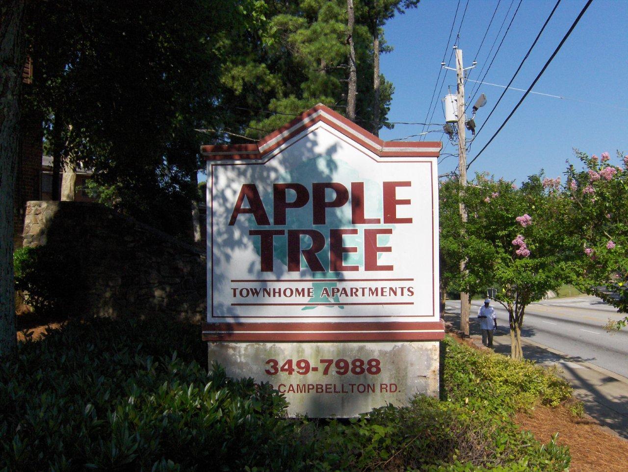 Appletree_Before