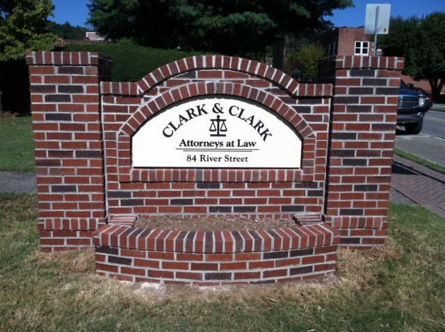 Brick-Monument-Sign-with-Planter.jpg