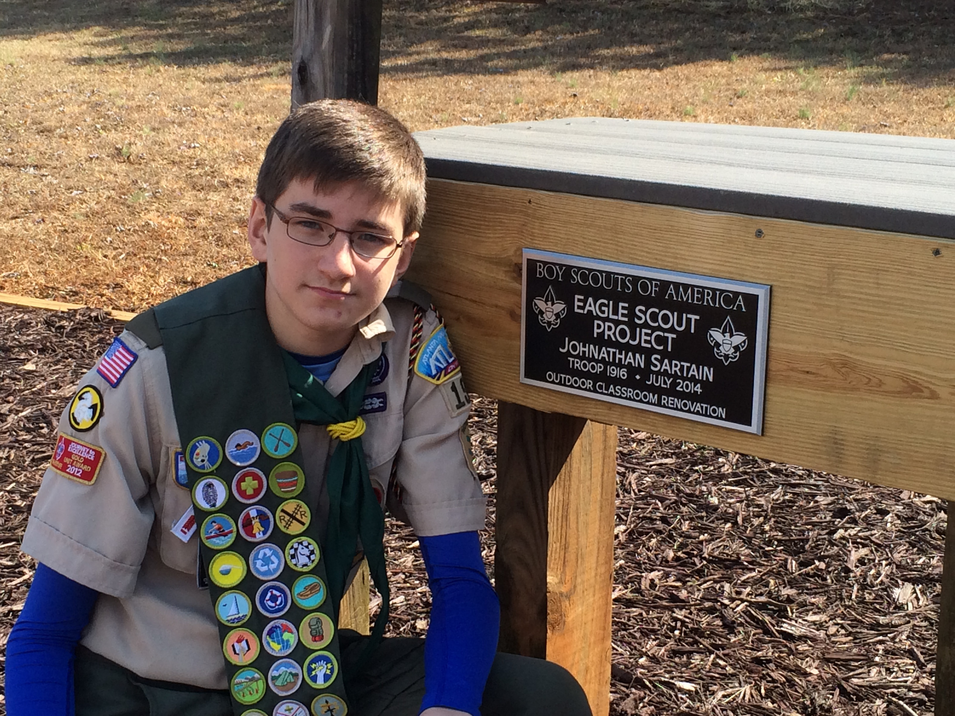 Eagle-Scout-Aluminum-Plaque-on-Wall