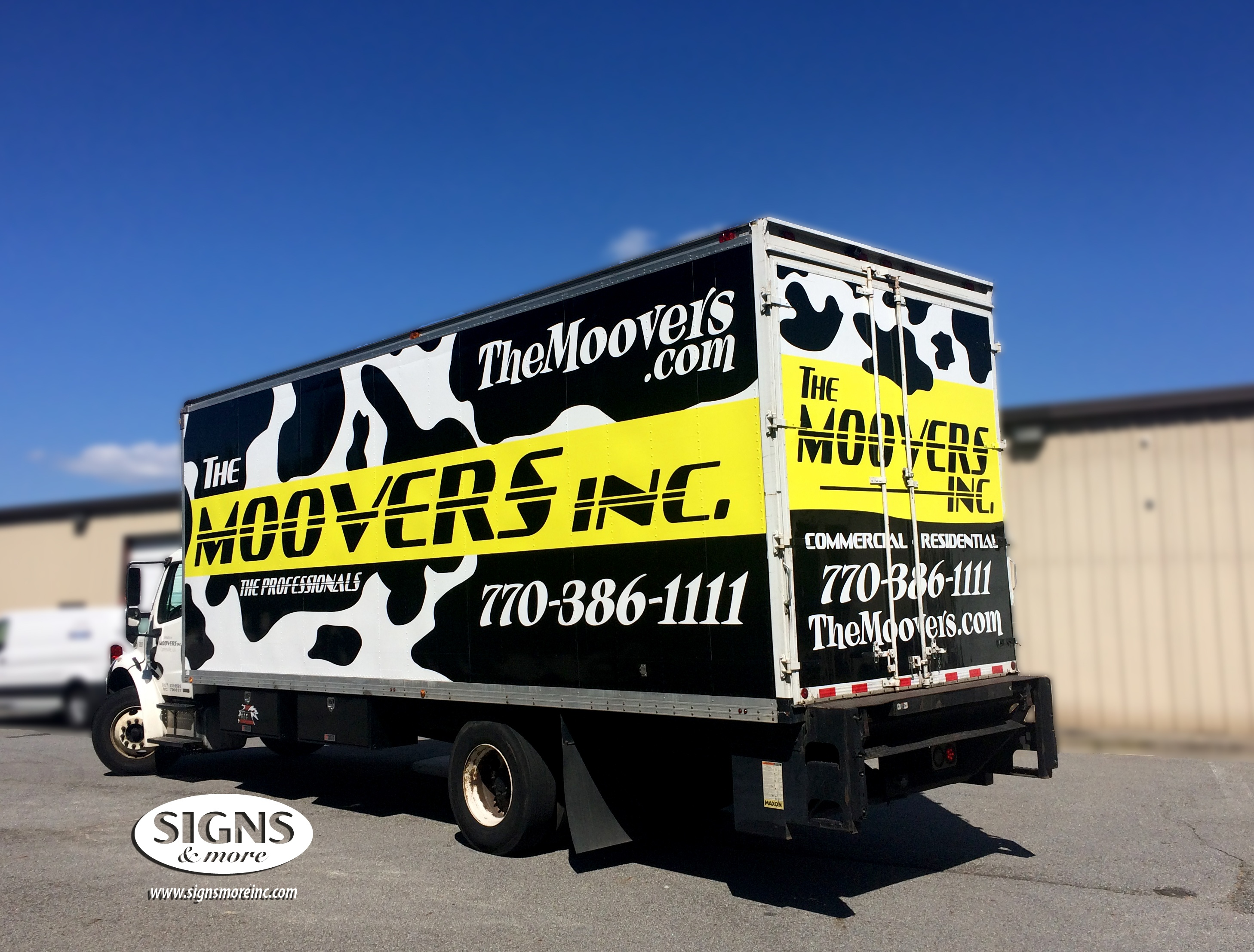 Moovers - Box Truck - Vehicle Graphics - Cow Truck (1).jpg